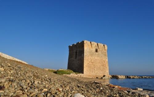 Polignano a Mare - Torre romana a San Vito