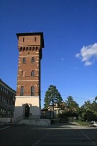 Oleggio, torre