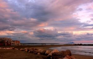 tramonto sulla spiaggia di Nettuno