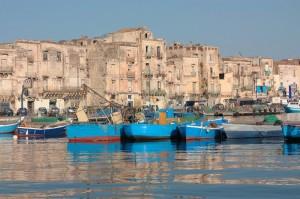 Via Cariati sul Mar Piccolo