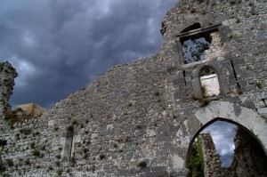 Resti del castello del Cantelmo ad Alvito