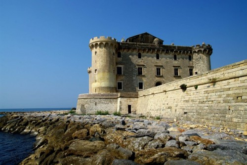 http://rete.comuni-italiani.it/foto/2009/wp-content/uploads/2009/10/139849-800x535-500x334.jpg