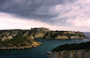 …stasera tempesta in arrivo sulle Diomedee