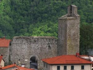 La Torre e la porta del Castello