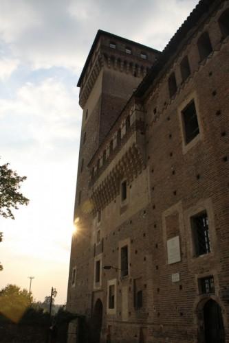 Rovasenda - Un raggio di sole dietro la torre