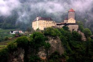 il castello di Mainardo II