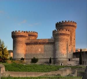 """Il castello """"Rocca Pia"""" a Tivoli"""
