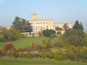 Il Castello di Tabiano e i colori dell'autunno.