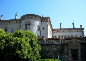 Porta sulle mura del castello del Buonconsiglio