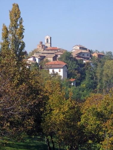 Gavazzana - paese sulla collina....