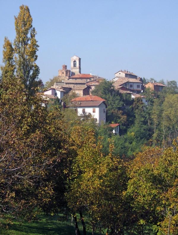 ''paese sulla collina….'' - Gavazzana