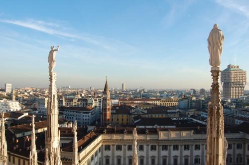 Milano - PANORAMA DALLE GUGLIE