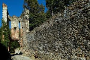 Castellamonte - Ingresso della prima cinta di mura,