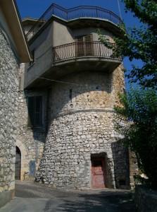 piccola torre con terrazza