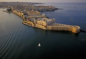 """Un Castello in """" mezzo al mare """""""