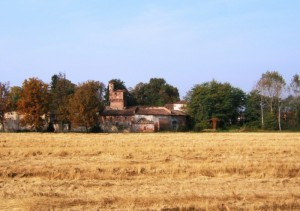 il castello tra i campi
