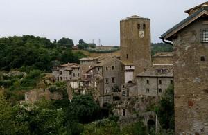 """La doppia torre con il suo borgo """" Bassano """""""