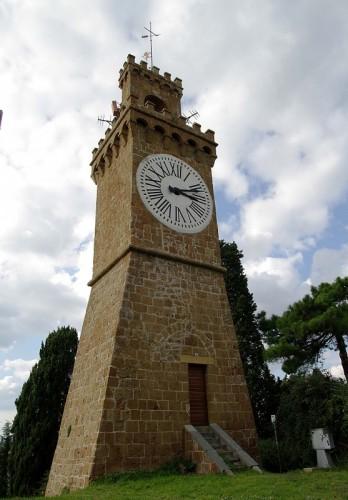Acquapendente - La torre del Barbarossa