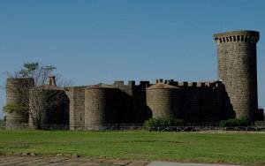 Castello Vulci nella sua maestosità