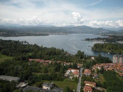 Castelletto Sopra Ticino - Panorama del basso Verbano