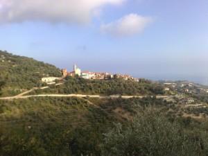 Terzorio (IM) vista dalla strada per Pompeiana (IM)