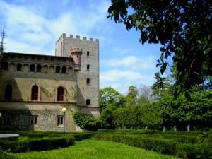 Il Castello d 'Ayala Valva