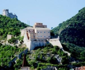 Castelli sulle alture di Finale Ligure