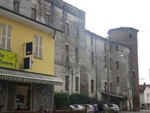 Cavallerleone, castello