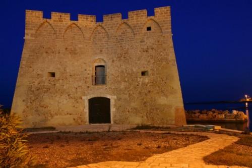 Carovigno - Torre nella notte