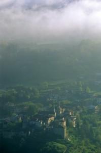 santo stefano belbo nella nebbia