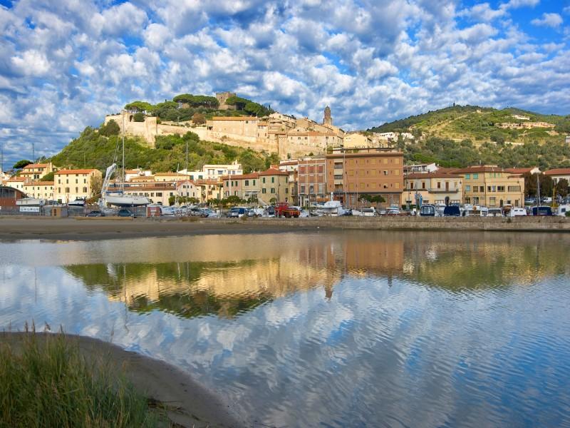 ''Il nuovo ed il vecchio borgo - n.3'' - Castiglione della Pescaia