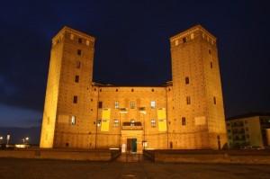 Notturno davanti al Castello