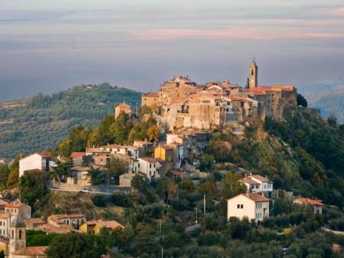 Castel del Piano - Montegiovi - il borgo