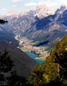 Auronzo e il suo Lago visti dal Monte Tudaio