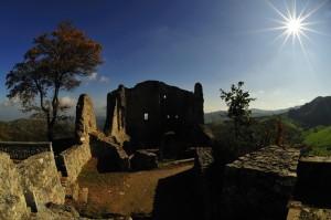 I resti del Castello di Canossa