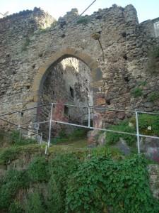 Porta Pugliese XIII sec. (avanti)
