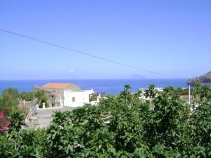 Salina, Malfa, vista di Stromboli e Panarea