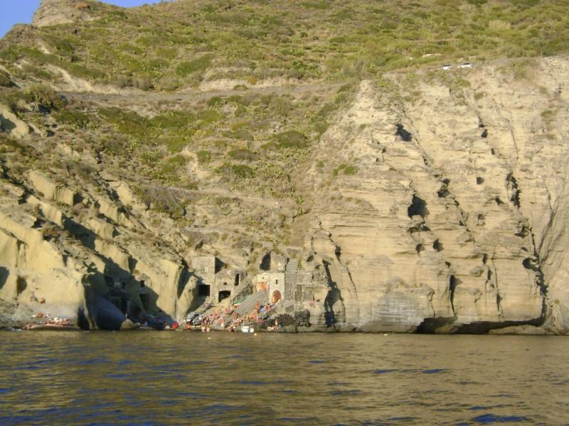 ''I magazzini a mare di Pollara'' - Malfa