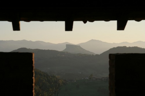 Castelnovo ne' Monti - La pietra di Dante