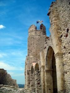 Sventolano le 3 bandiere sul Castello