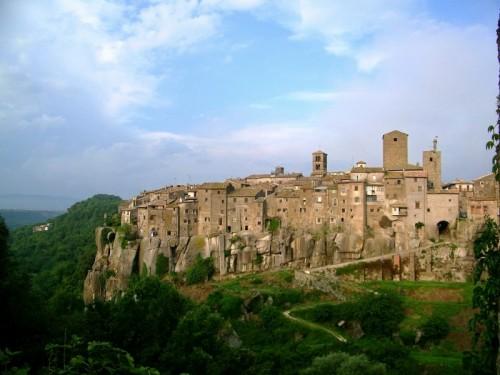 Vitorchiano - Il Borgo di Peperino