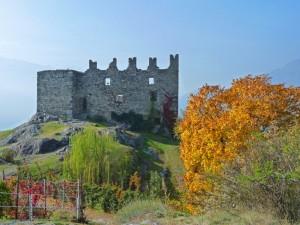 Raro castello gemino-Grumello-Lato residenziale
