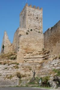 Torrione del Castello di Lombardia