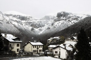 La prima neve a Passo Croce d'Aune