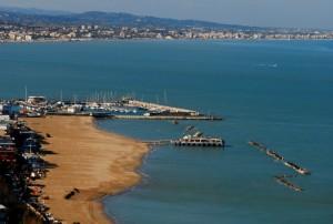 Spiaggia deserta di gabicce
