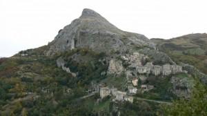 """Monte Corvo con la sua Corvara….""""3″"""