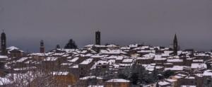 neve sui tetti di Castel del Piano