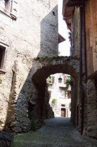 Dentro le Mura di Borgo Canale