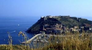 Porto ercole e il borgo antico