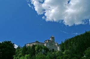 Il Castello che domina su Campo Tures